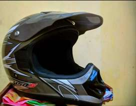 Jual helm klx150 ori ukuran L kondisi mulus