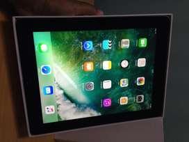 iPad 4 with Retina Display Wifi 16GB Black MD910ID/A Demo