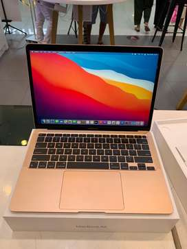 Macbook air 2020 M1 8/256gb iBox
