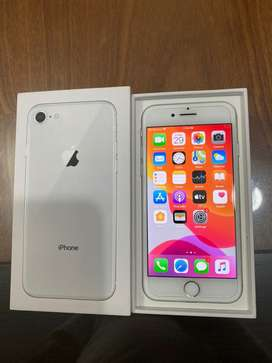 Iphone 8 Silver 64GB Facetime PTA Approved with Box like new