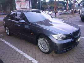 Bmw 320i E90 tahun 2005 / good condition