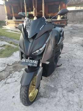 Yamaha XMAX  2018 abu istimewa