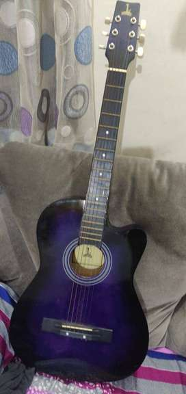 First Class Guitar Available for sale