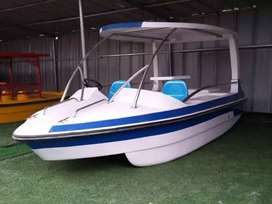 Water boats for dams and lakes are sale