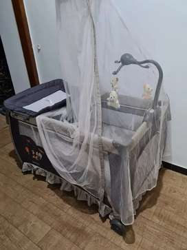 Box bayi pliko dan matras latex baby bee plus sprei tencel