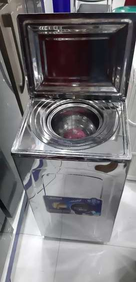 New dryer with stell body and one year shope warranty