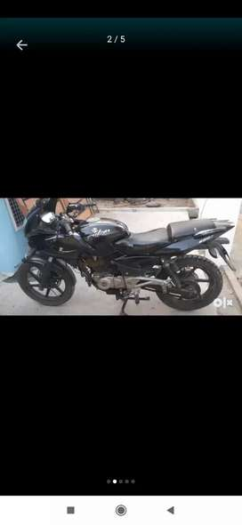 Pulsar 220 for sale good condition