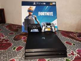 PS4 PRO 1TB - Black With All Accessories