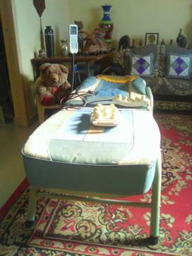 Electronic Massage therapy bed