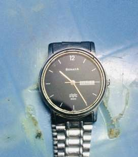Brand sonata watch for sale less used rich look