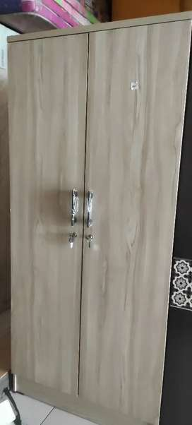 Lemari baju 1 pintu minimalis