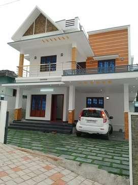 5.6 cent 2000 sqft 4 bhk new build house at kakkanad near thevakal