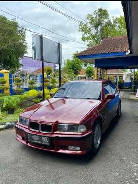 BMW E36 318i M40 1992