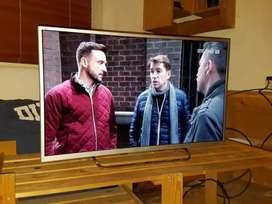 """BIG SALE DAY 42"""" LED TV PREMIUM GRAPHIC VISION"""