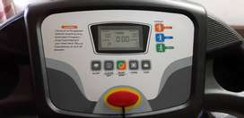ISO Solid T4 motorised Treadmill ;3 year old in good working condition