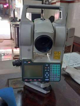 SOKKIA 2030 R3 TOTAL STATION  FOR SALE