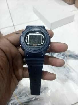 Jam tangan G-Shock digital strap