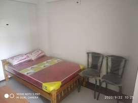 Room apt for bachelors and students near West nada Guruvayur temple
