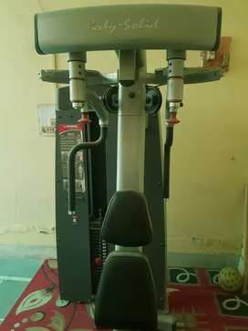 Want to sell gym machines .. imported body solid