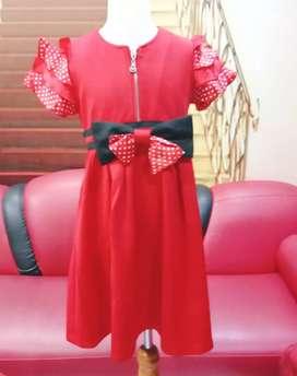 Dress anak MANGO BASICS Original Usia 7-9  tahun  merah mewah nyaman