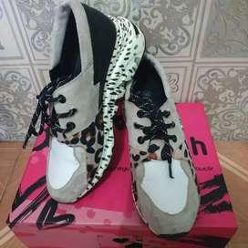 Preloved Sepatu GOSH