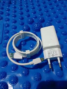 Charger ORI Oppo f9 fast charging