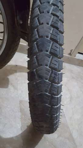 Yamaha YBR 125 Genuine Rear (back) Tyre