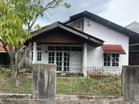 Tanah 246 bonus rumah Cot Masjid
