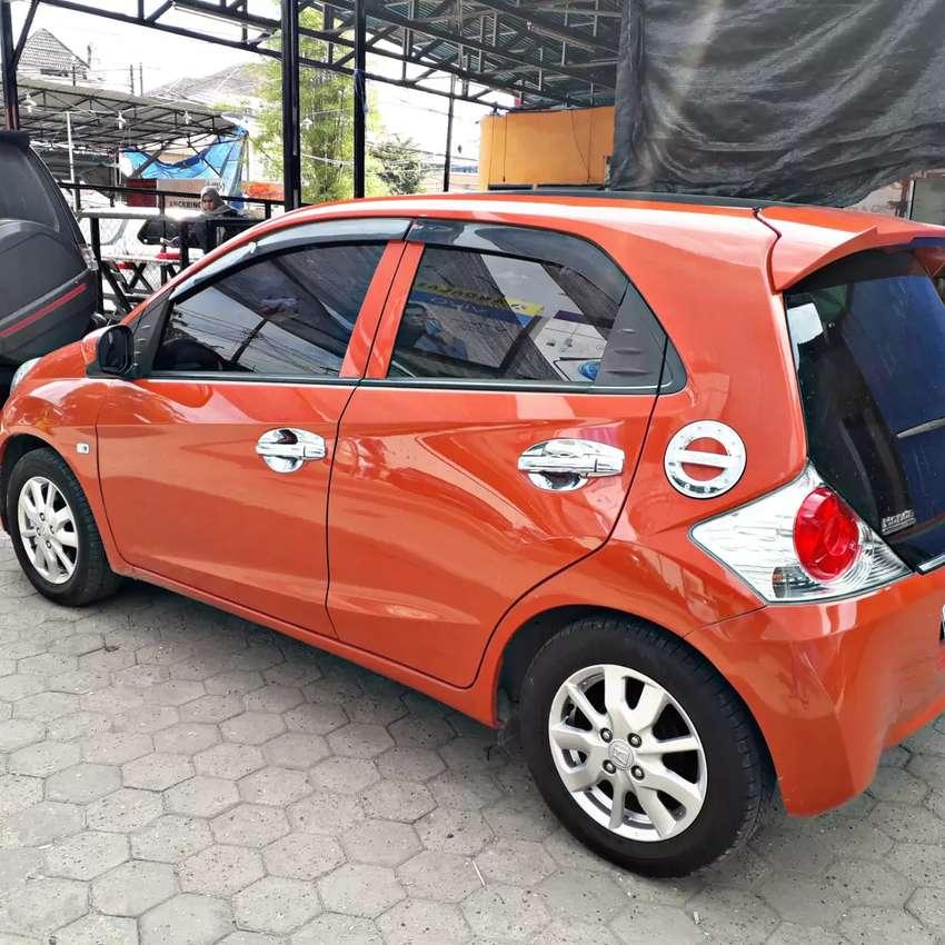 Mobil Brio 2014 0