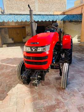 Tractor SF320