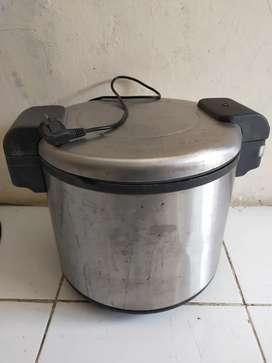 Penghangat nasi (ukuran 5 liter)