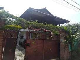 Rumah dengan Kost2an di Bintaro