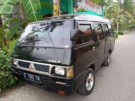 Mitsubishi L300 minibus diesel. Tahun 2000