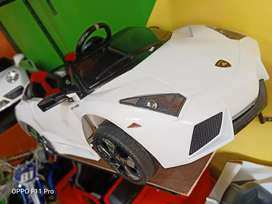 Mainan Mobilan Aki Lamborghini M6869