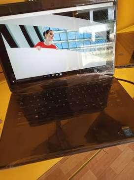 Bina scratch wala laptop available