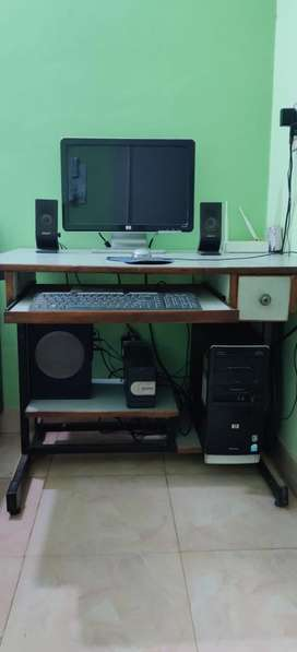 HP Desktop with CPU, UPS,speakers and woofers.