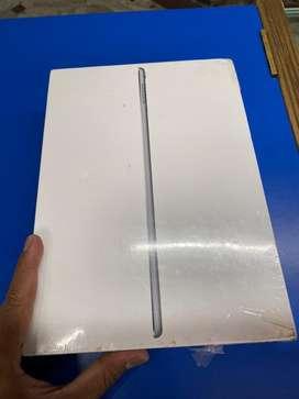 Apple ipad pro 9.7 32gb  wifi cellular brand new