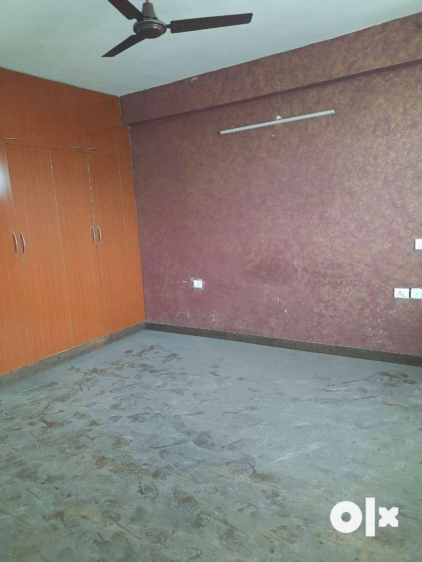 2 bhk flat available for rent in Solitare Divine, Vasant Vihar,Dhakoli