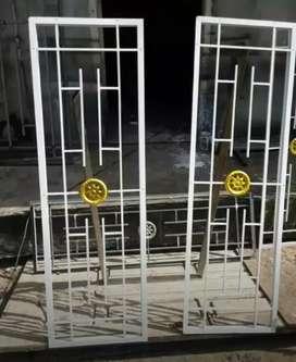 Tralis pintu anti maling