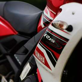 R15S Sport Red Well Maintained
