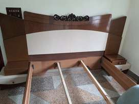 Brand new bed set with dressing table. Akhrot (walnut) wood