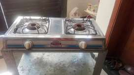 New stove with two heavy burners