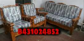 It's a brand new sofa with 2 years warranty (COD)