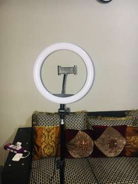 7 ft Ringlight with Tripod