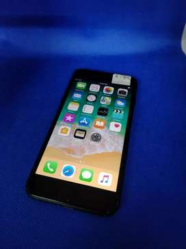 Apple iPhone 7 32gb with all accessories nice condition