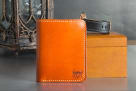 100% premium leather Bi-Fold Wallet With coin pocket