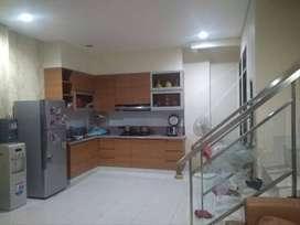 DISEWAKAN...rumah minimalis, full furnished di Kelapa Gading