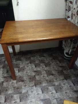 Table for sell - 2*3.5 feet size
