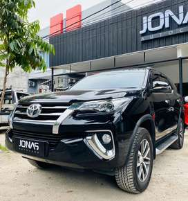 Toyota Fortuner VRZ Diesel 2019 7 Rb Kilometer Seperti Baru