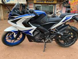 Rs 200 ABS blue colour like new